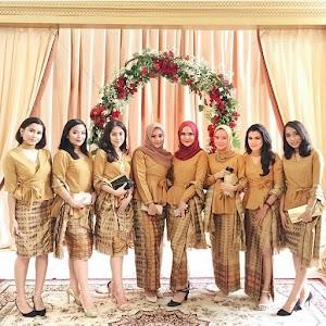 17 Model Kebaya Batik Modern Yang Memikat Hati Wanita