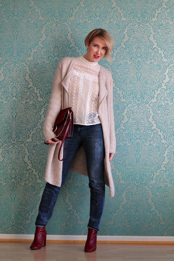 Blusen im Winter mit  langem Cardigan