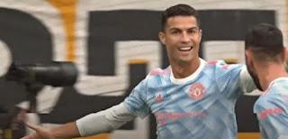 رونالدو يحتفل بالهدف الذي سجله أمام يونج بويز