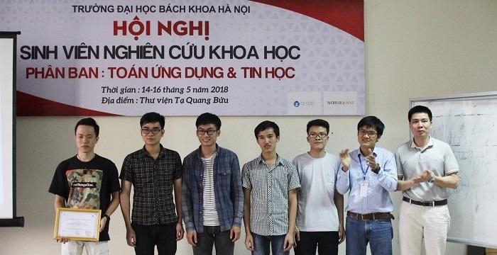 Sinh viên ngành Toán ứng dụng