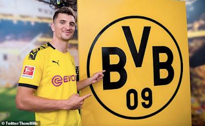 CHÍNH THỨC: Dortmund giành được Thomas Meunier