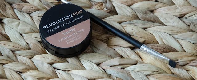 Revolution Pro / Eyesbrow cushion, la mousse pour des sourcils parfait ?
