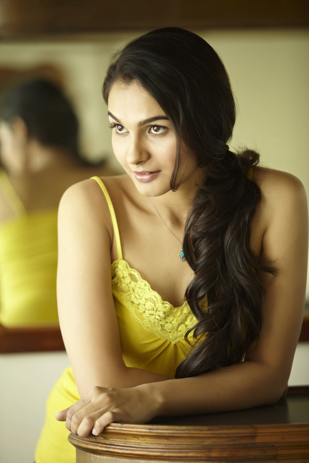 Andriya Hot Images tamil film news @ tollywoodblog.in: andrea jeremiah latest