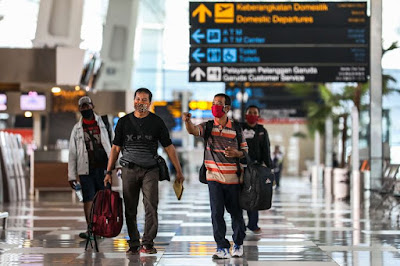 Memasuki New Normal, Patuhi 4 Aturan Ini Ketika Berpergian Ke Luar Kota dengan Pesawat