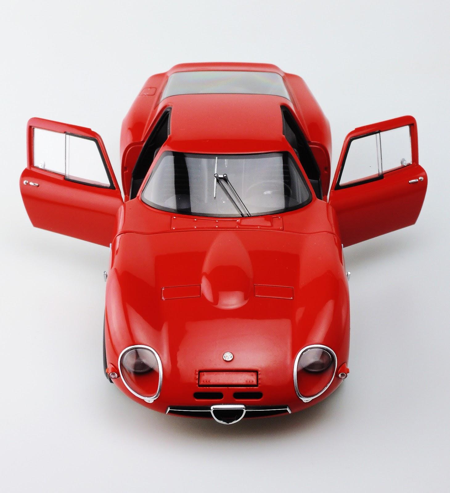 課長睪耕作: 1/18 Alfa Romeo TZ2 1965 & 33 Stradale Prototype
