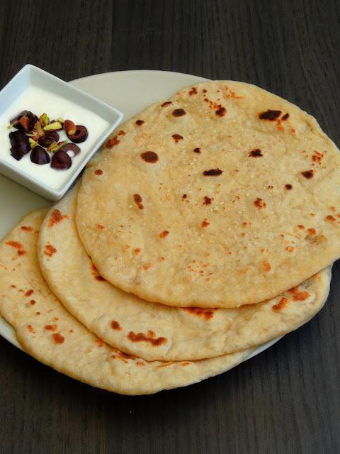 Emirati Khamir Bread, Khameer Bread