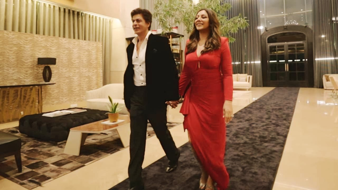 Gossips: Fabulous Lives of Bollywood Wives trailer Shah Rukh-Gauri steal the show in Seema, Maheep, Bhavana, Neelam series