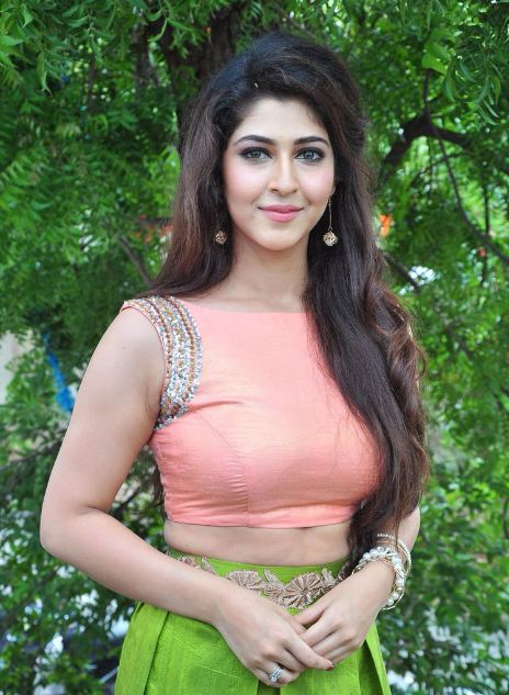cute sonarika bhadoria education