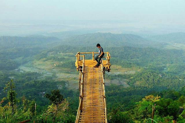 foto pemandangan keren di puncak sendaren purbalingga