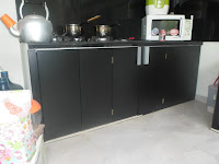 Kitchen Set Warna Monokrom - Furniture Semarang