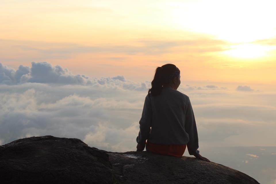 Núi Bà Đen (986m), ngọn núi cao nhất miền nam Việt Nam