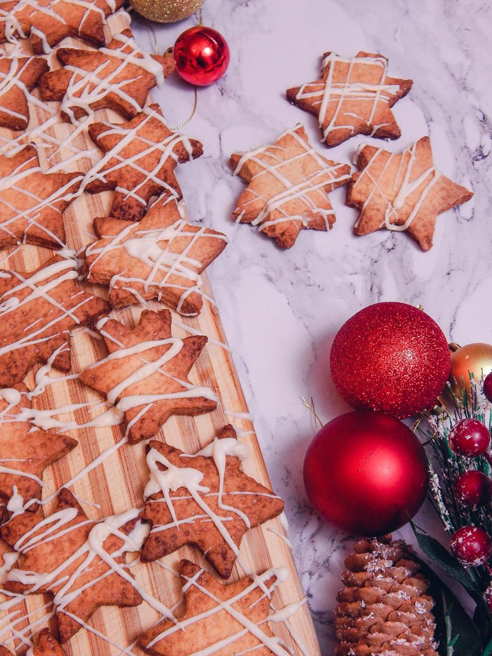 8 Pierniczki inaczej, prosty szybki, łatwy przepis na pierniki ciastka kruche, świąteczne ciastka, ciastka na choinkę jak zrobić pierniki ciastka gwiazdki, blog kulinarny łódź, lifestyle melodylaniella
