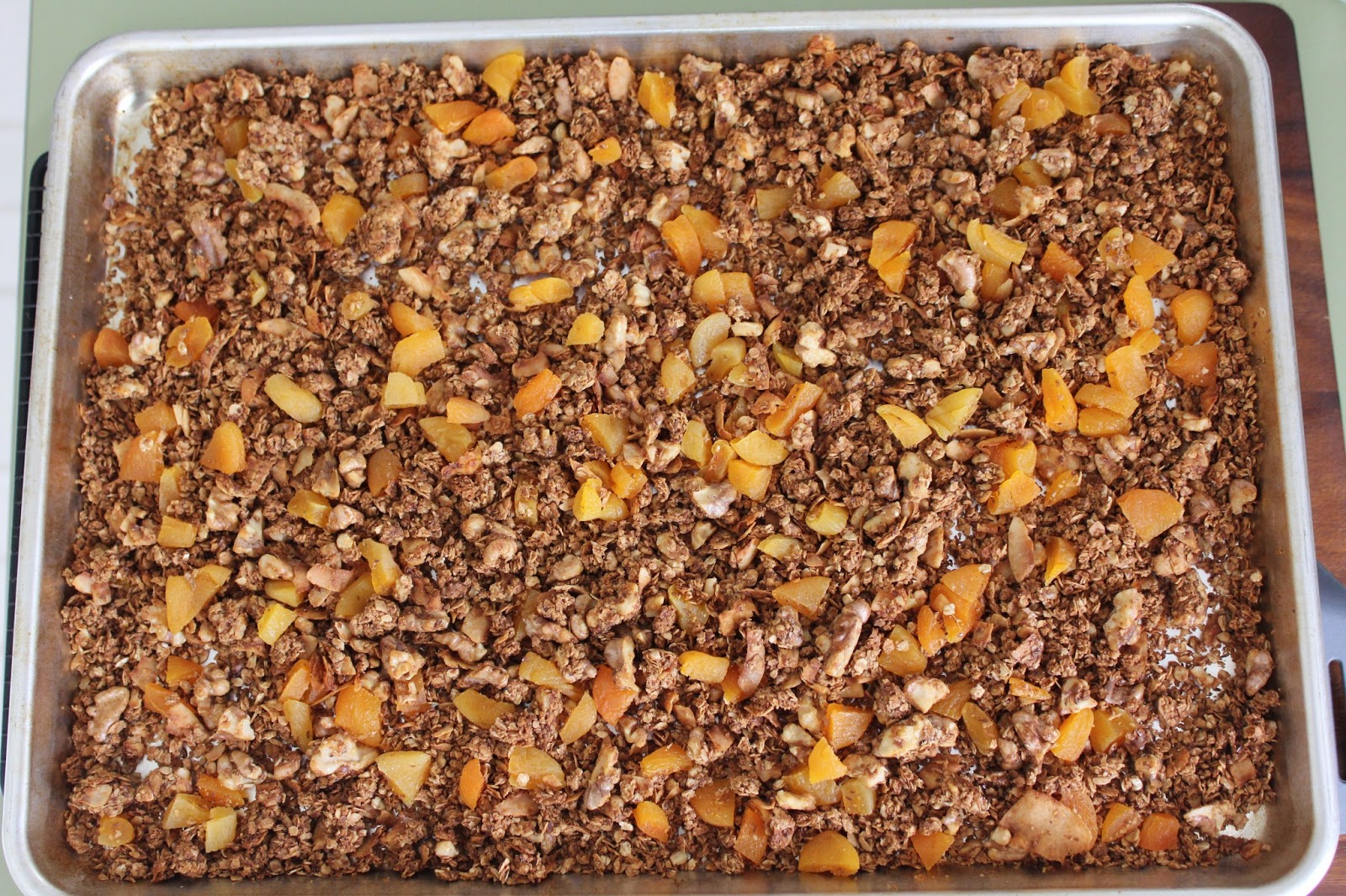 Walnut Apricot Granola