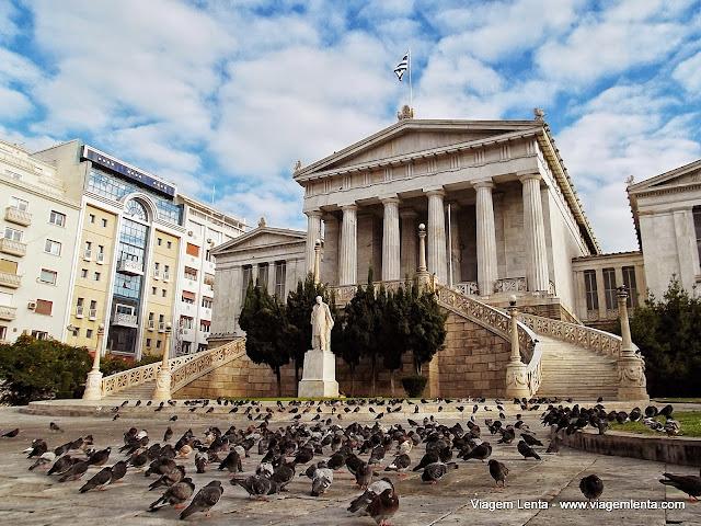 Atenas: a cidade das pombas