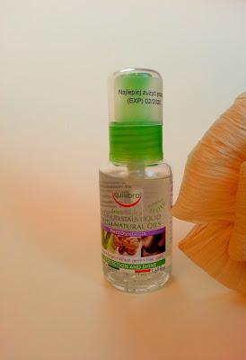 Jak dobrze zabezpieczyć końcówki włosów? Olejek nabłyszczający do włosów || EQUILIBRA