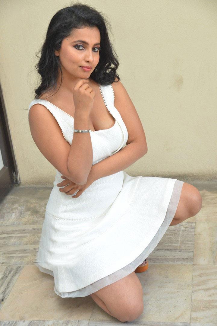 Actress  Anicka   Glam Photoshoot