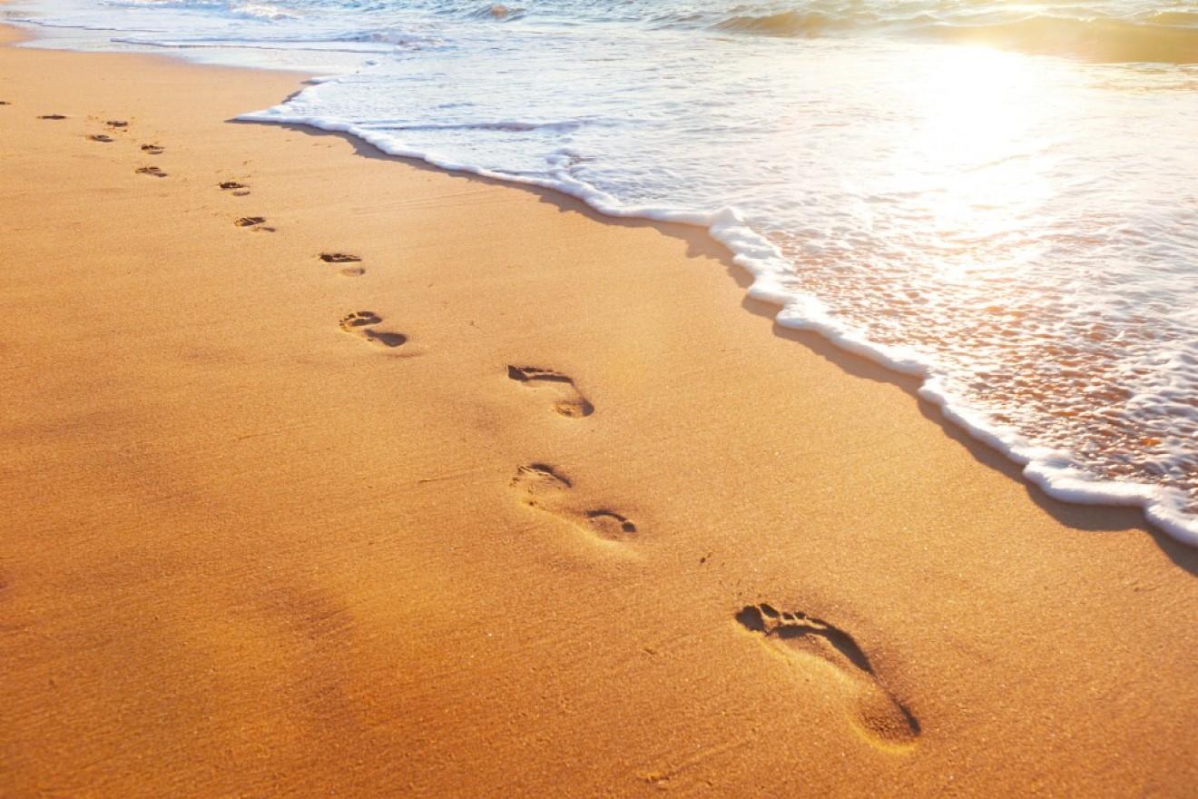 Frases Reflexao Pegadas Na Areia