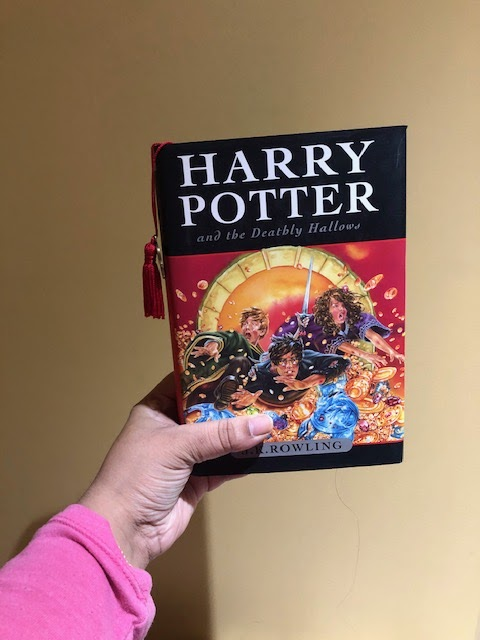 Quaran-Reads: Harry Potter and the Deathly Hallows