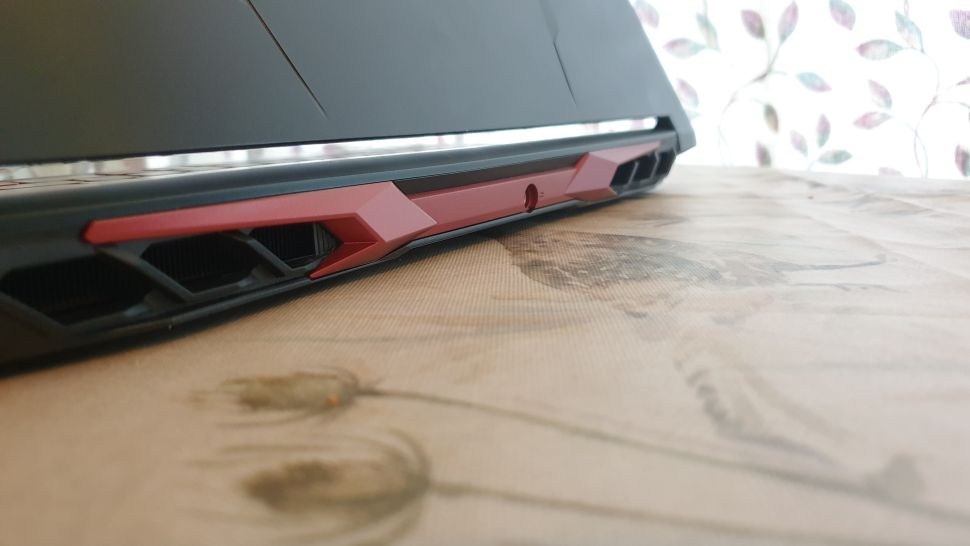 Trên tay Acer Nitro 5 - 2021 Review