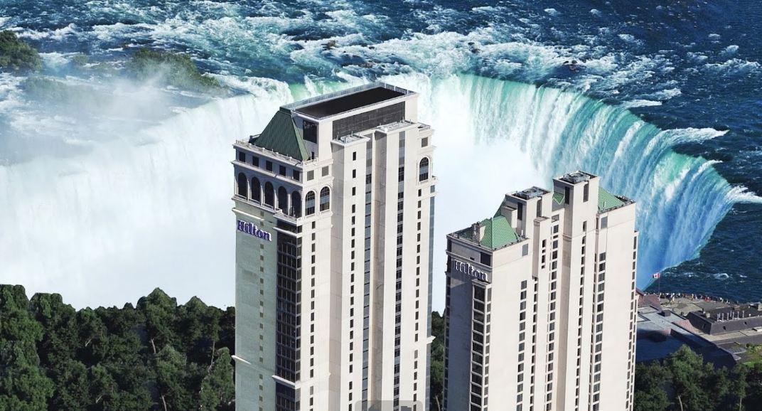 hotel near niagara falls canada