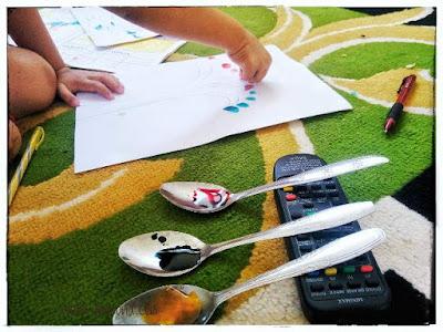 alat dan bahan untuk finger painting