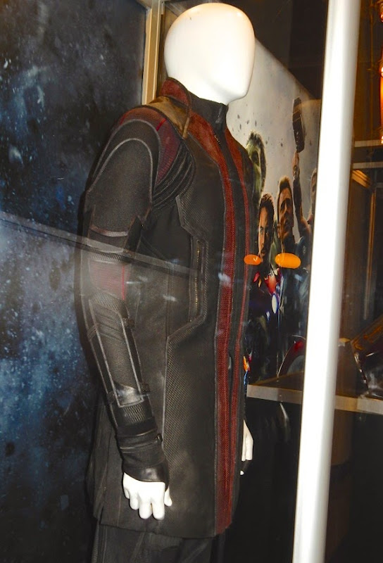 Avengers Age of Ultron Hawkeye costume