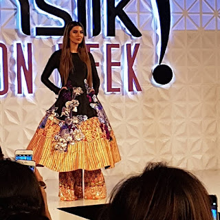 Runway with Glitz & Glam at PFDC Sunsilk Fashion Week 2017 - 2018