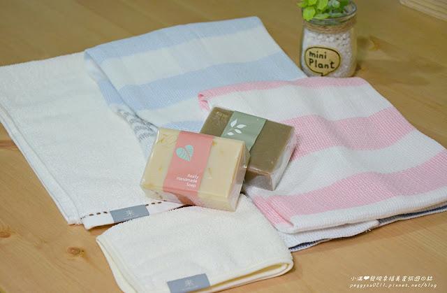 未來居和紙毛巾