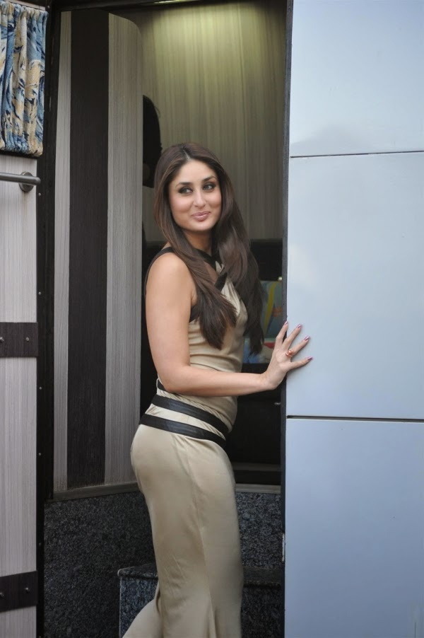 Queen Wallpaper Hd Kareena Kapoor Top Hottest Bikini Photos And Tight Sexy