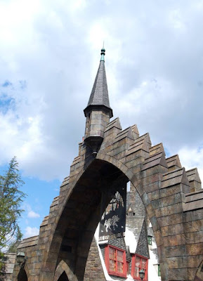 Entrance to Wizarding World of Harry Potter in USJ