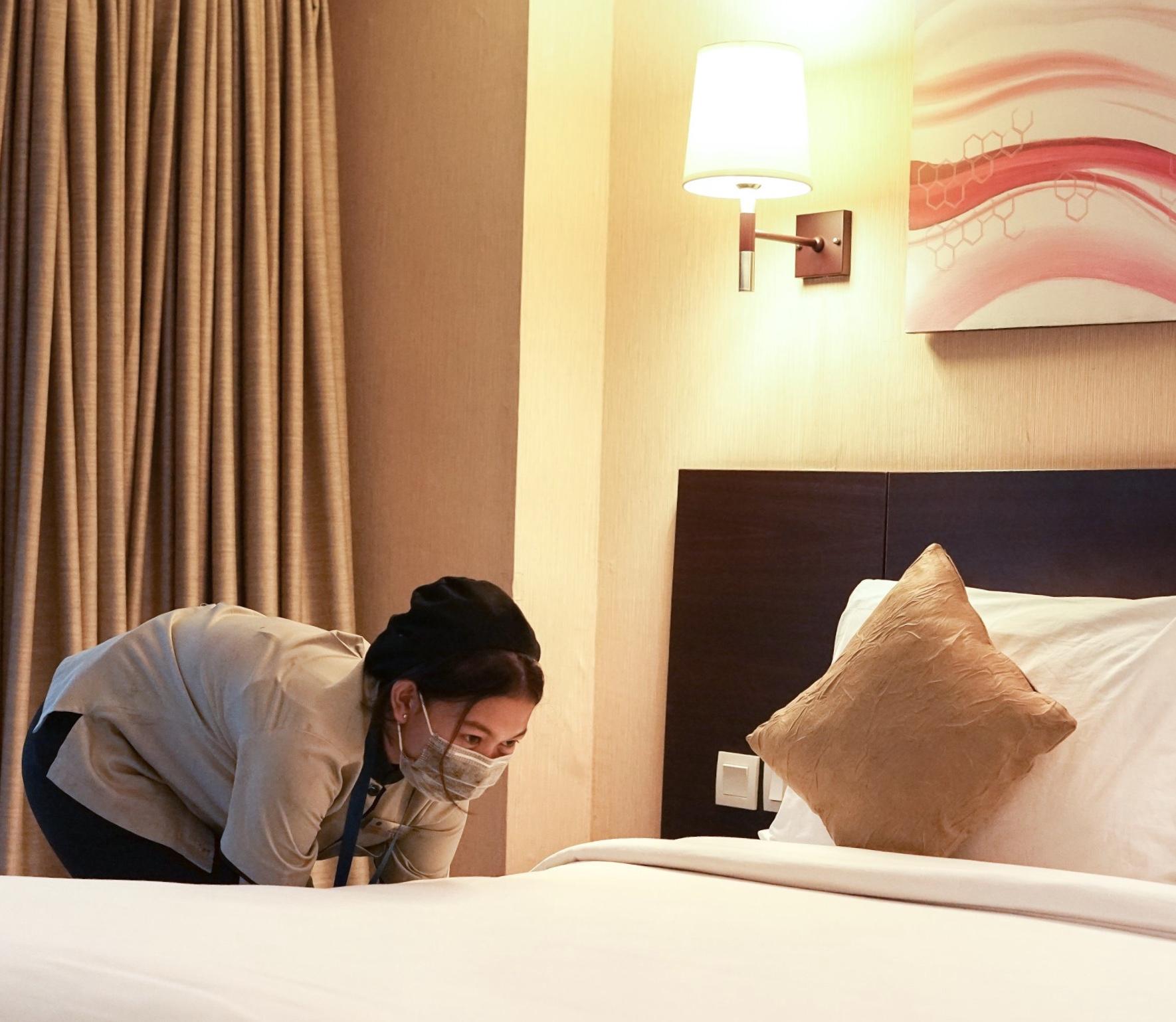 Konten Tiktok Viral, Sebelum check out, tamu bersihin kamar sendiri?