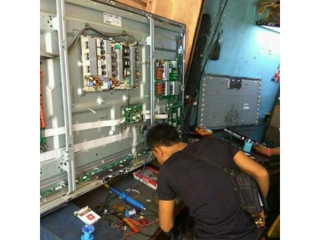 Jasa Service TV Handal dan Terpercaya di Yogyakarta