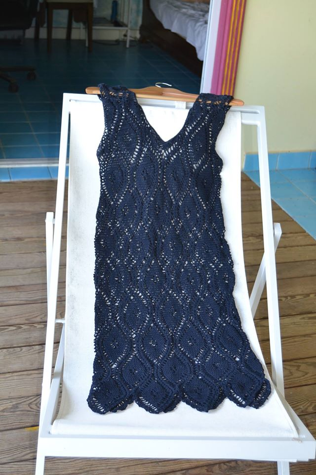 Robe de plage bleu marine