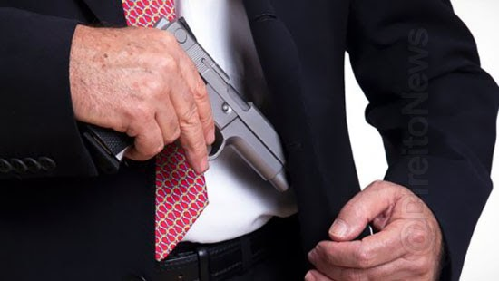 stj denuncia desembargador posse ilegal arma