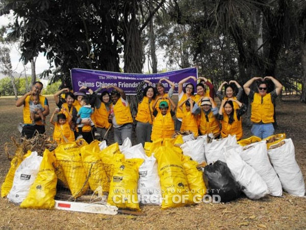 Park Clean Up in Cairns