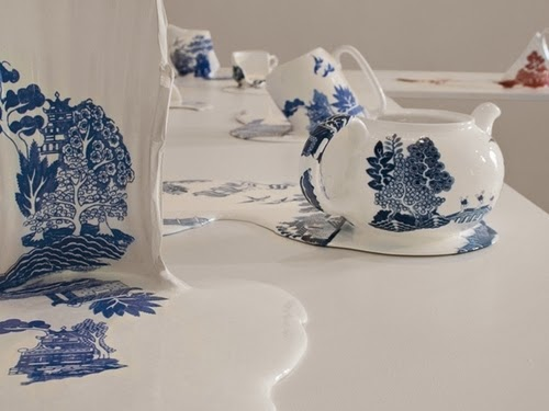 10-Melting-Ceramics-Resin-Plaster-Transfer-Print-Livia-Marin-www-designstack-co