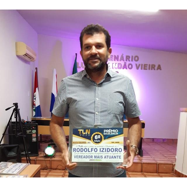 Vereador por Mata Grande Rodolfo Izidoro recebe Prémio Excelência