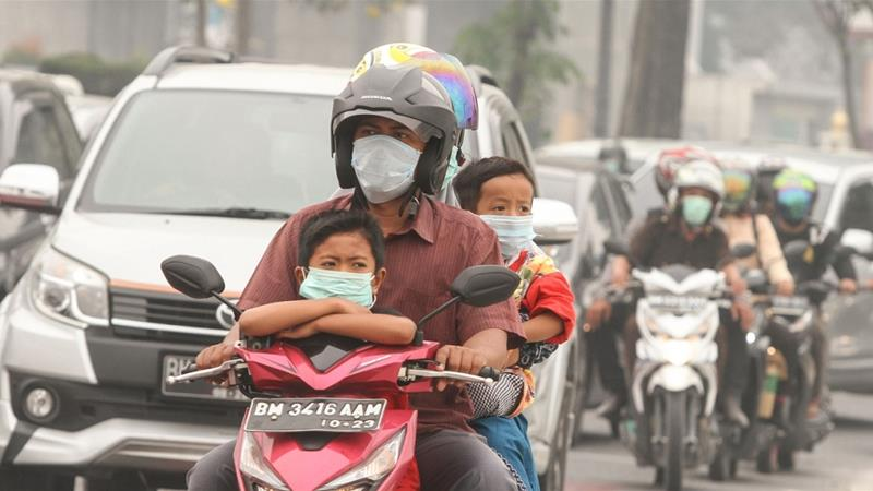 Malaysia, Indonesia shut thousands of schools as haze worsens