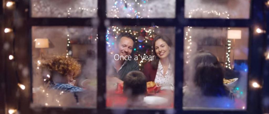 Lewandowski nella Pubblicità di Huawei di Natale 2016, tra i testimonial