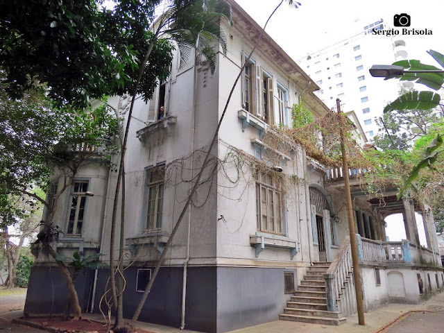 Vista ampla do Antigo Casarão do ex-Presidente Rodrigues Alves - Higienópolis - São Paulo