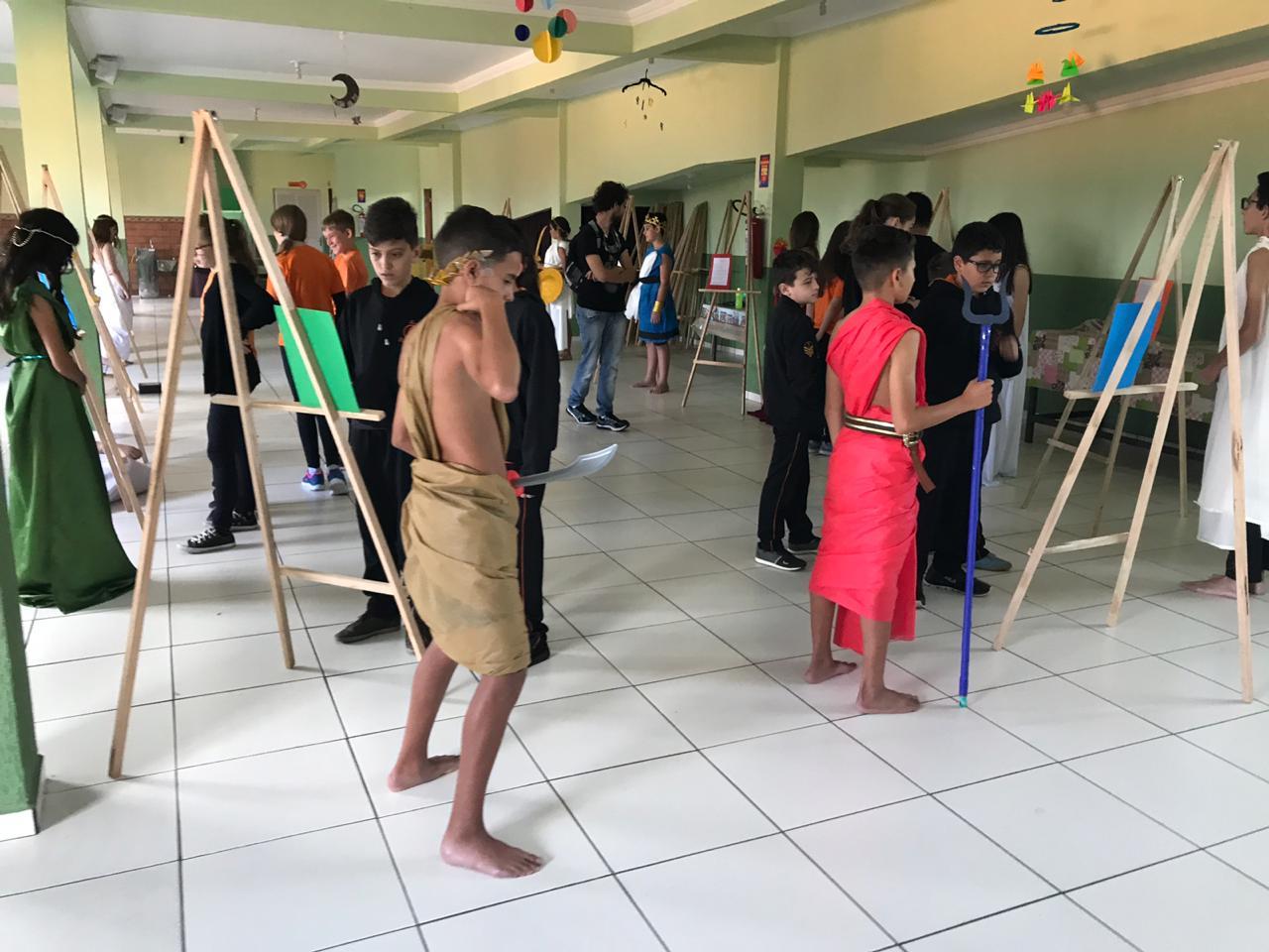 Evento na Escola Elo Sagrado