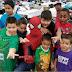 Homem-Aranha de Houston espalha amor para as vítimas do furacão Harvey