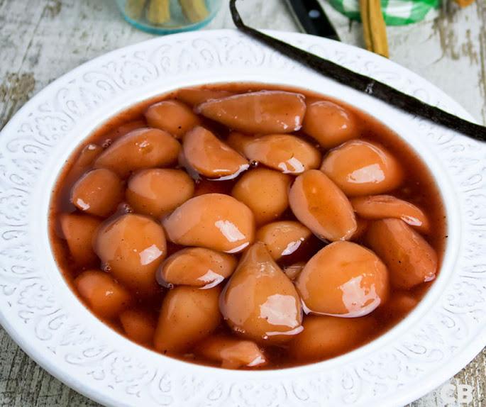 Recept Stoofpeertjes met rode port, Ceylonkaneel, vanille en honing