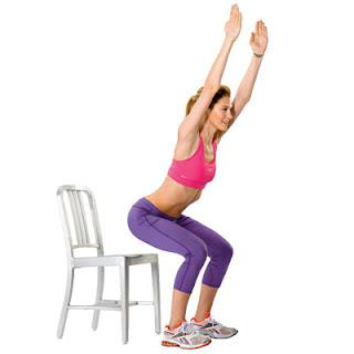 cara mengecilkan paha dirumah dengan Chair Squat