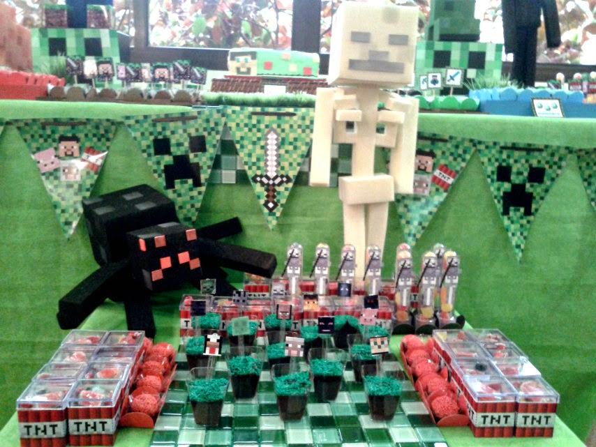 01mesa decorada minecraft festa infantil