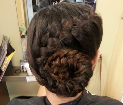 Model Braided Snail Bun Updo