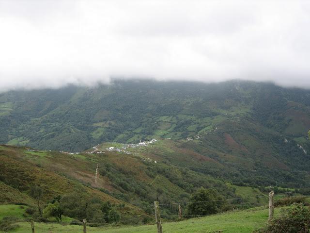 Rutas Montaña Asturias: Llegando a Viapará desde el Monsacro