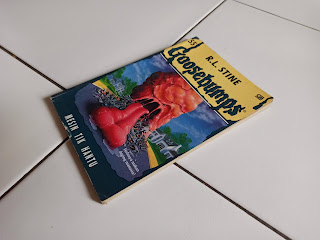 9 Goosebumps Mesin Tik Hantu by R.L. Stine