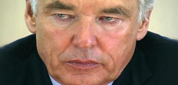 Ex presidente de Nestlé Dice que El agua no debe ser un derecho, tiene que ser privatizada