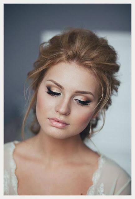 Se você gosta de maquiagens e está procurando inspirações de makes para noivas, você vai amar essas 5 opções incríveis de makes delicadas para noivas. São maravilhosas e fáceis de fazer.